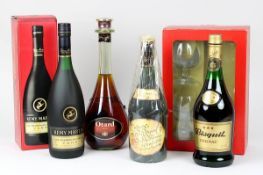 Vier Flaschen Cognac, Frankreich 2. H. 20. Jh.: Cognac Otard V.S.O.P., Chateau de Cognac, 0,7 L.,