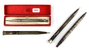 Montblanc Kugelschreiber u. drei Drehbleistifte, 1. H. 20. Jh., alle Silber: der Montblanc
