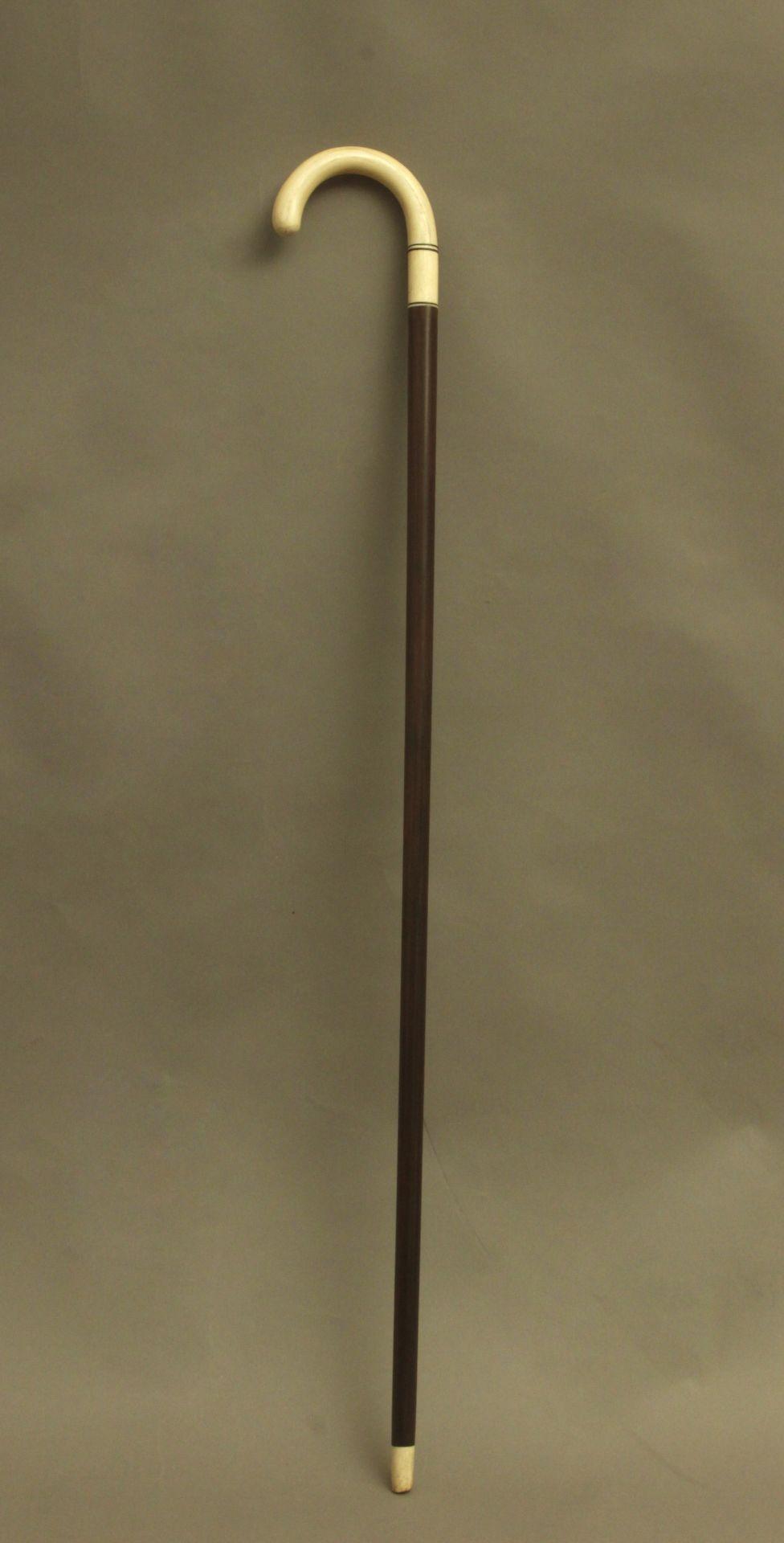 A curved walking stick circa 1900 - Bild 4 aus 8