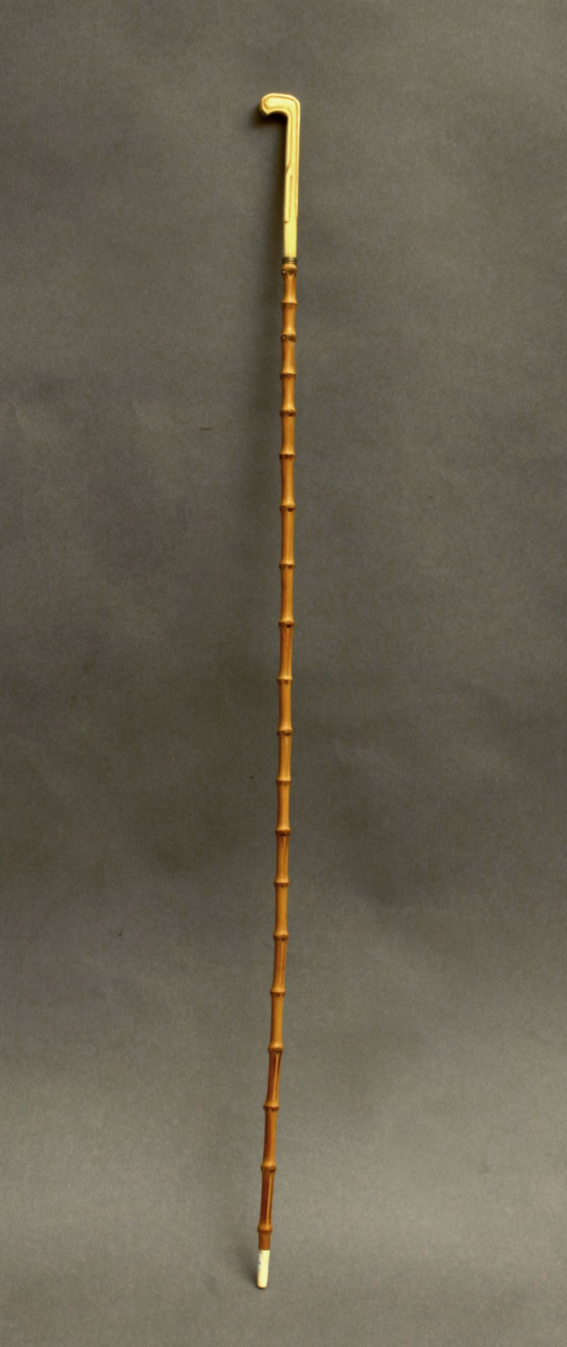 An ivory handled walking stick circa 1900 - Bild 3 aus 9