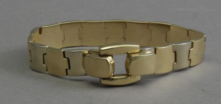 An 18th century yellow gold bracelet