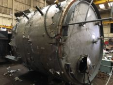304 Stainless Steel Tank, approx. weight 3 tonnes, approx. 11ft dia. x 10ft high, loading free of