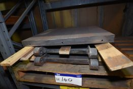 Three Door: Inner: Ashbox: Cast Iron (84-23-083/ Bay 5) (please note this lot is part of combination