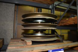 Four Pulley Wheel Assemblies, MS-MP003 (please note this lot is part of combination lot 1507)