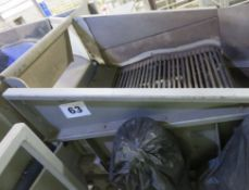 Destoning Roller Conveyor. approx.1.2m x 1.3m x 3