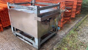 Bosch Stainless Steel STH 500 Litre Cap. Heated Ta