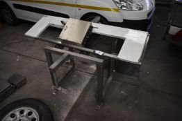 Brushed Fabricated Stainless Steel Stand, with equipment