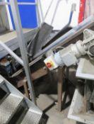 Incline Conveyor, approx. 420mm belt width, overal
