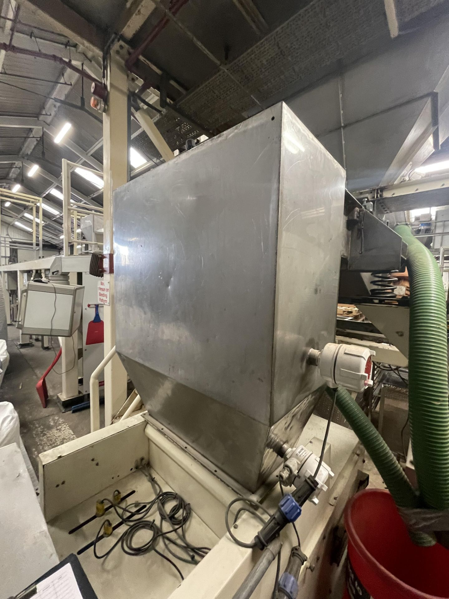 Pet Food Blending Line c/w Wynveen PM 750LH Stainless Steel Double Shaft Paddle Mixer - Image 41 of 63