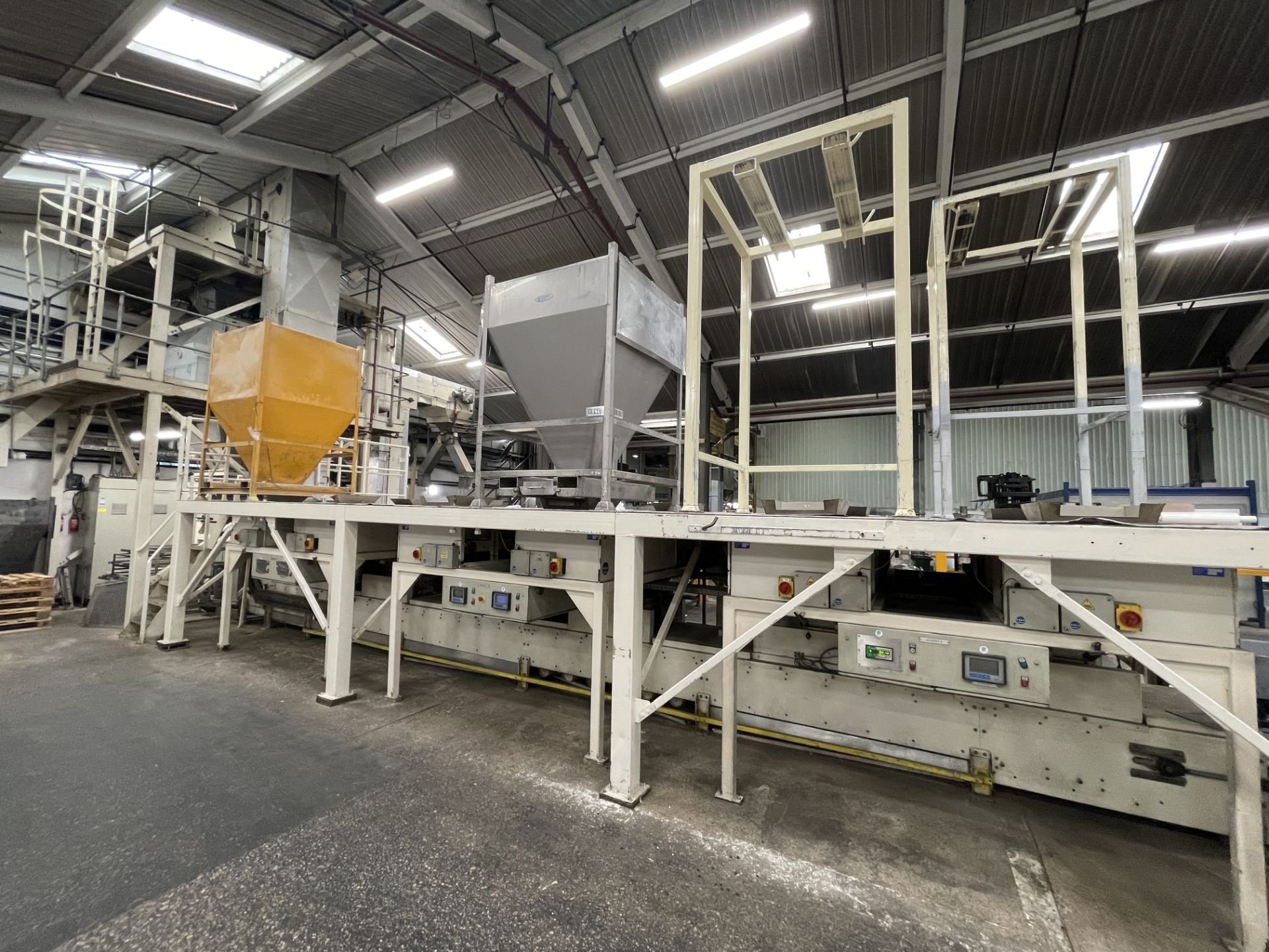 Pet Food Blending Line c/w Wynveen PM 750LH Stainless Steel Double Shaft Paddle Mixer - Image 27 of 63
