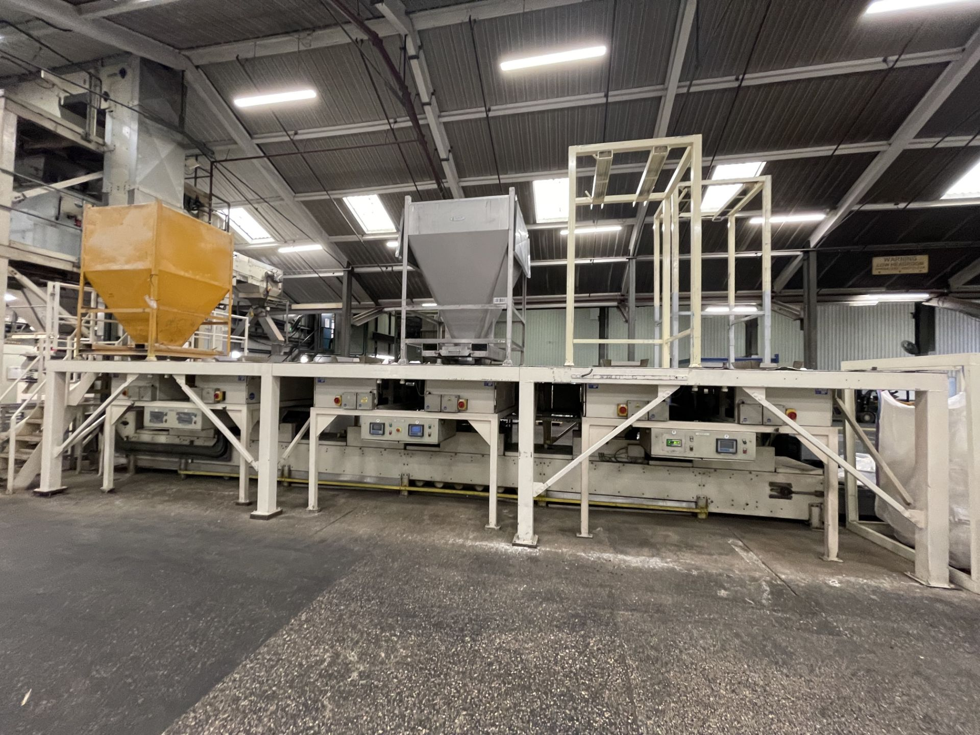 Pet Food Blending Line c/w Wynveen PM 750LH Stainless Steel Double Shaft Paddle Mixer - Image 23 of 63