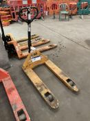 2000kg Hand Hydraulic Pallet Truck, forks approx.