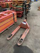 BT Rolatruc Hand Hydraulic Pallet Truck, forks app
