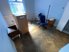 Loose Contents of Room, including office furniture (safe excluded). Please read the following