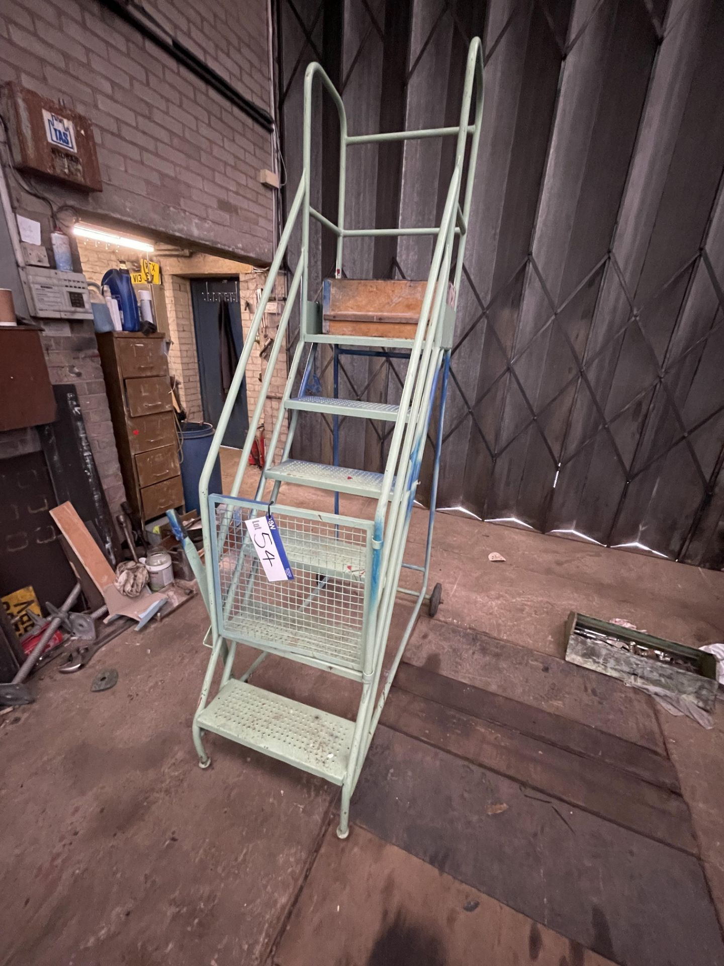 Six Rise Warehouse Stepladder(this lot is subject to 15% buyer's premium)Please read the