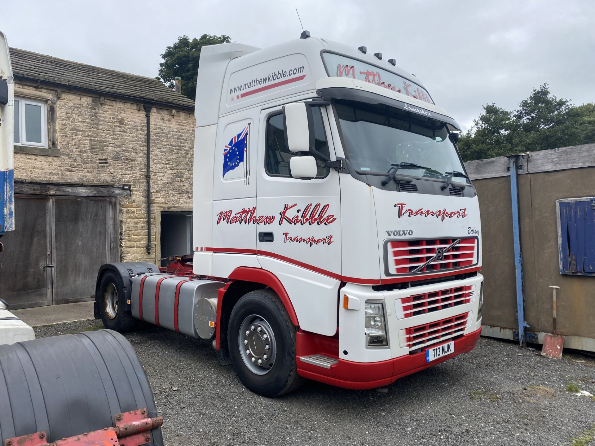 Volvo FH12 GTXL Version 2 4x2 Tractor Unit, 2002 (please note this lot is not subject to VAT on