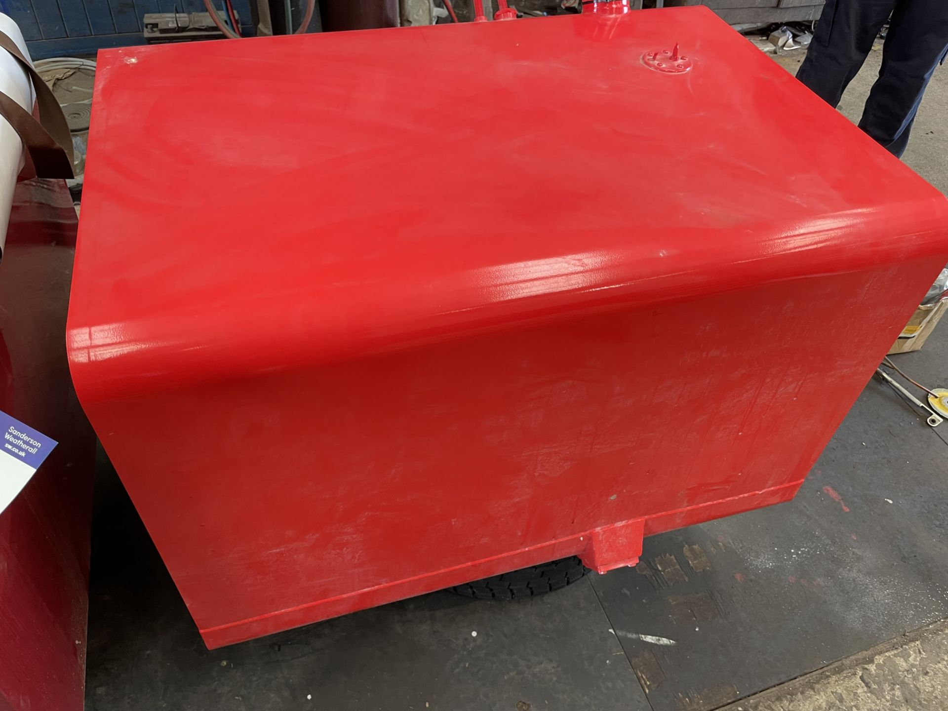 Fuel Tank, unused (for Scania 1 Series) (understood to be 400L)(this lot is subject to 15% buyer' - Image 2 of 2