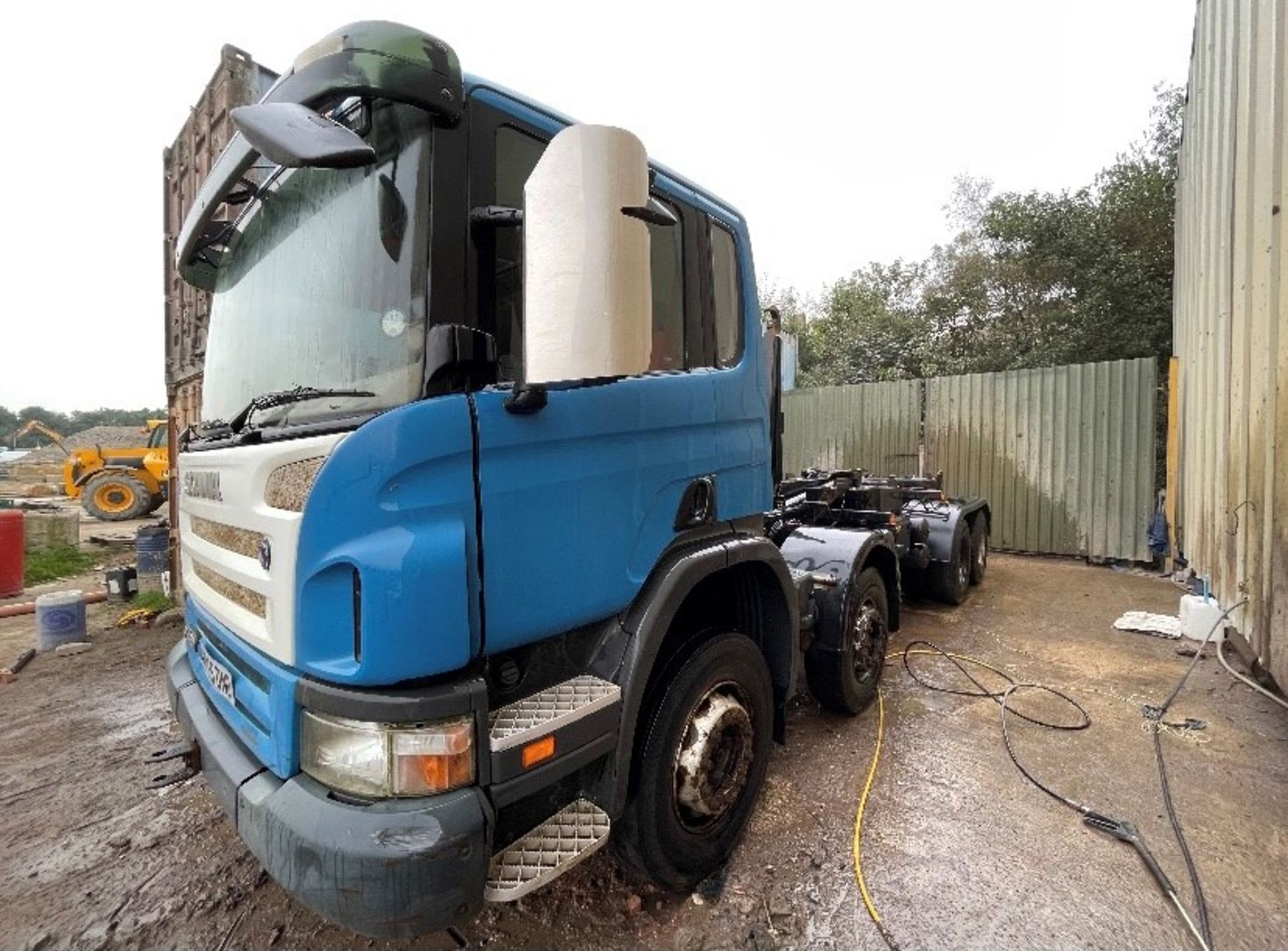 Scania P420 8x4 Hook Lift Truck, registration no. MX55 DND, date first registered 09/2005, indicated - Image 2 of 5
