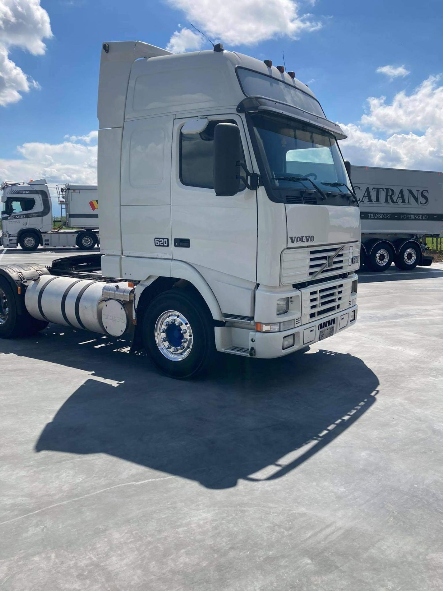 Volvo FH16 VERSION 1 4X2 TRACTOR UNIT, 2000, (Ex Italy) left hand drive, original condition ( - Image 2 of 12