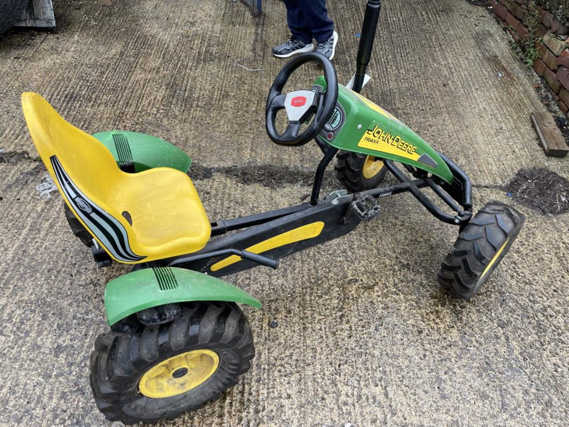 John Deere TRAXX Ride-On Toy Tractor(this lot is subject to 15% buyer's premium)Please read the - Image 2 of 2