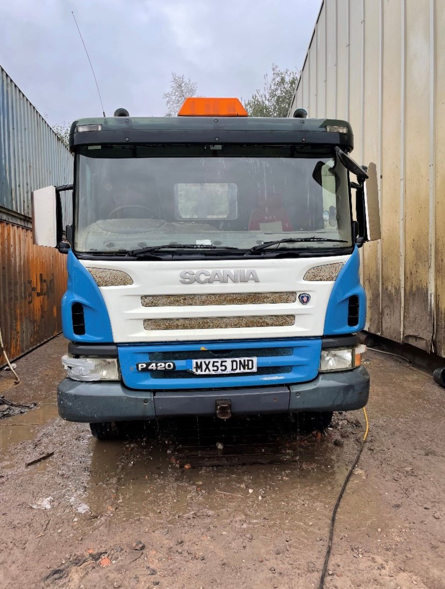 Scania P420 8x4 Hook Lift Truck, registration no. MX55 DND, date first registered 09/2005, indicated - Image 3 of 5