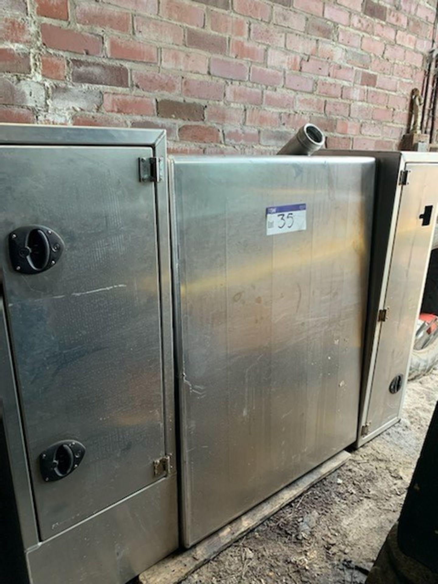 Aluminium Tractor Unit Diesel Tank/ Locker Unit, tank approx. 1070mm x 500mm x 1450mm deep,