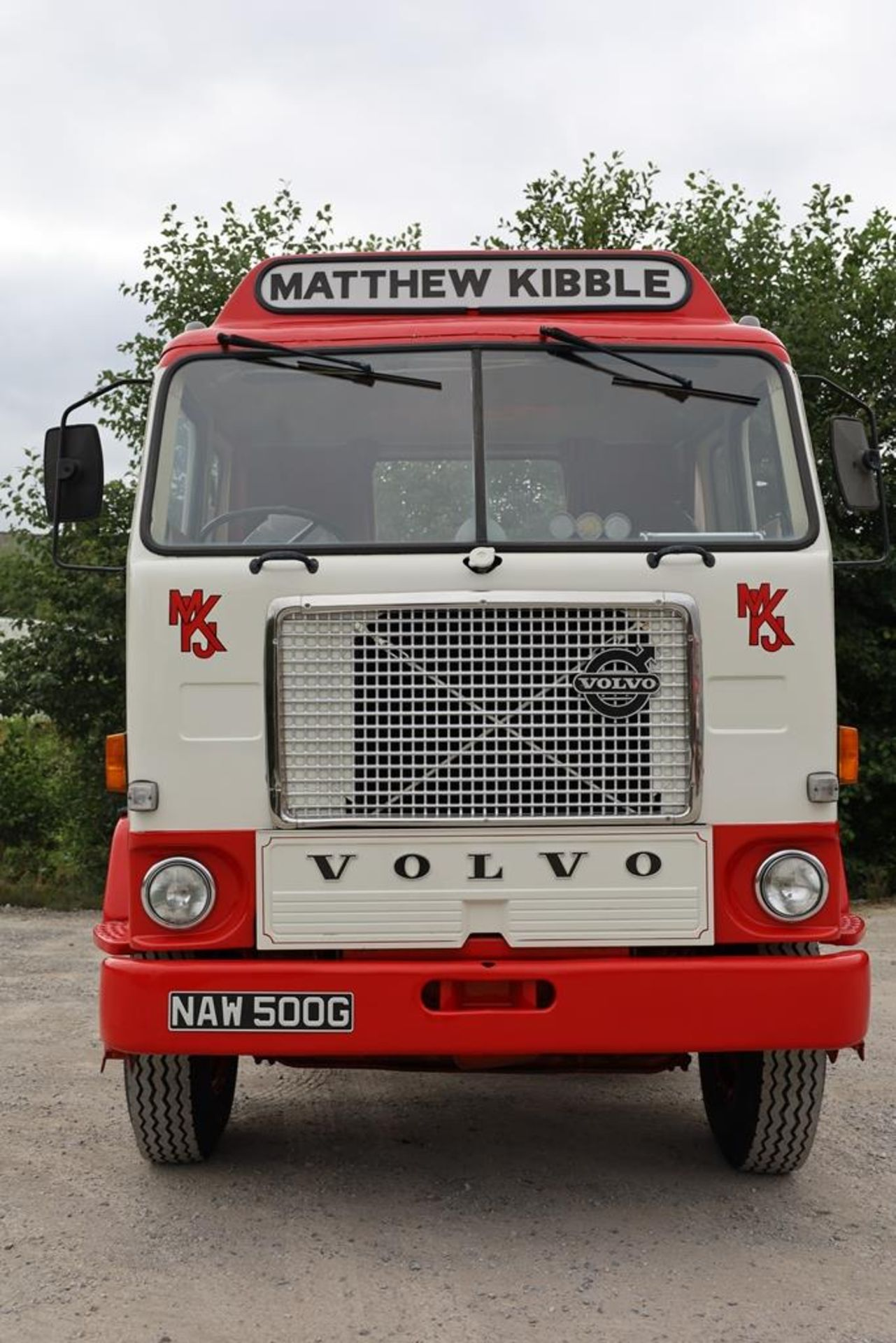 Volvo F88.240 4X2 TRACTOR UNIT, registration no. NAW 500G, date first registered 13/08/1968, fully - Image 6 of 11