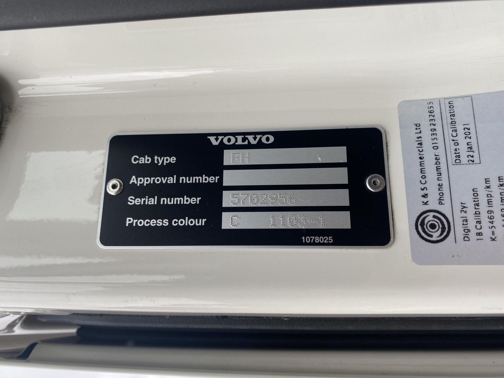 Volvo FH V4 460 GTXL 6X2 TRACTOR UNIT, registration no. V13 JAT, date first registered 01/05/2015, - Image 17 of 17