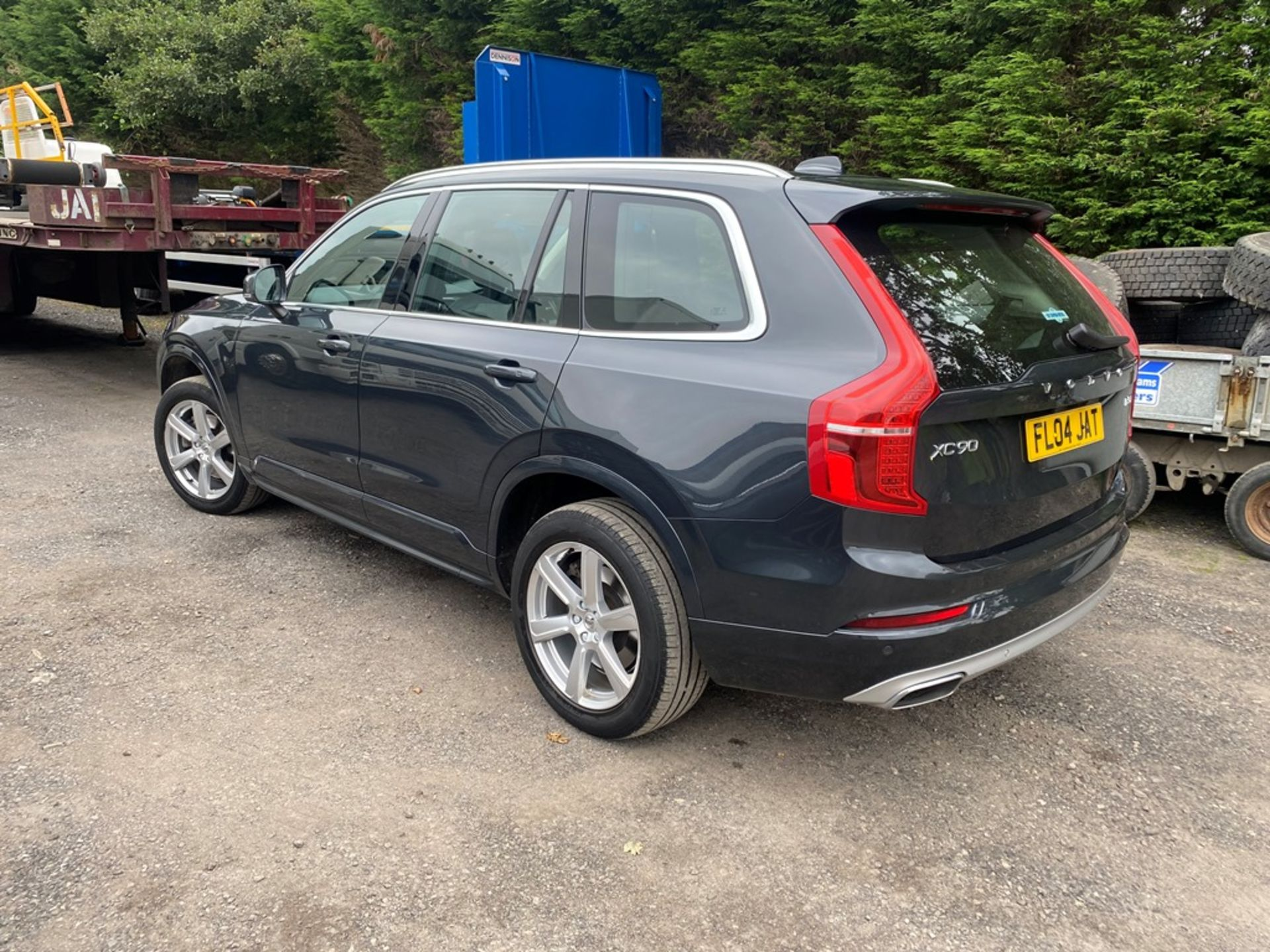 VOLVO XC90 MOMENTUM PRO B5 AWD DIESEL AUTO SUV, registration no. KF69 GWP, date first registered - Image 4 of 12