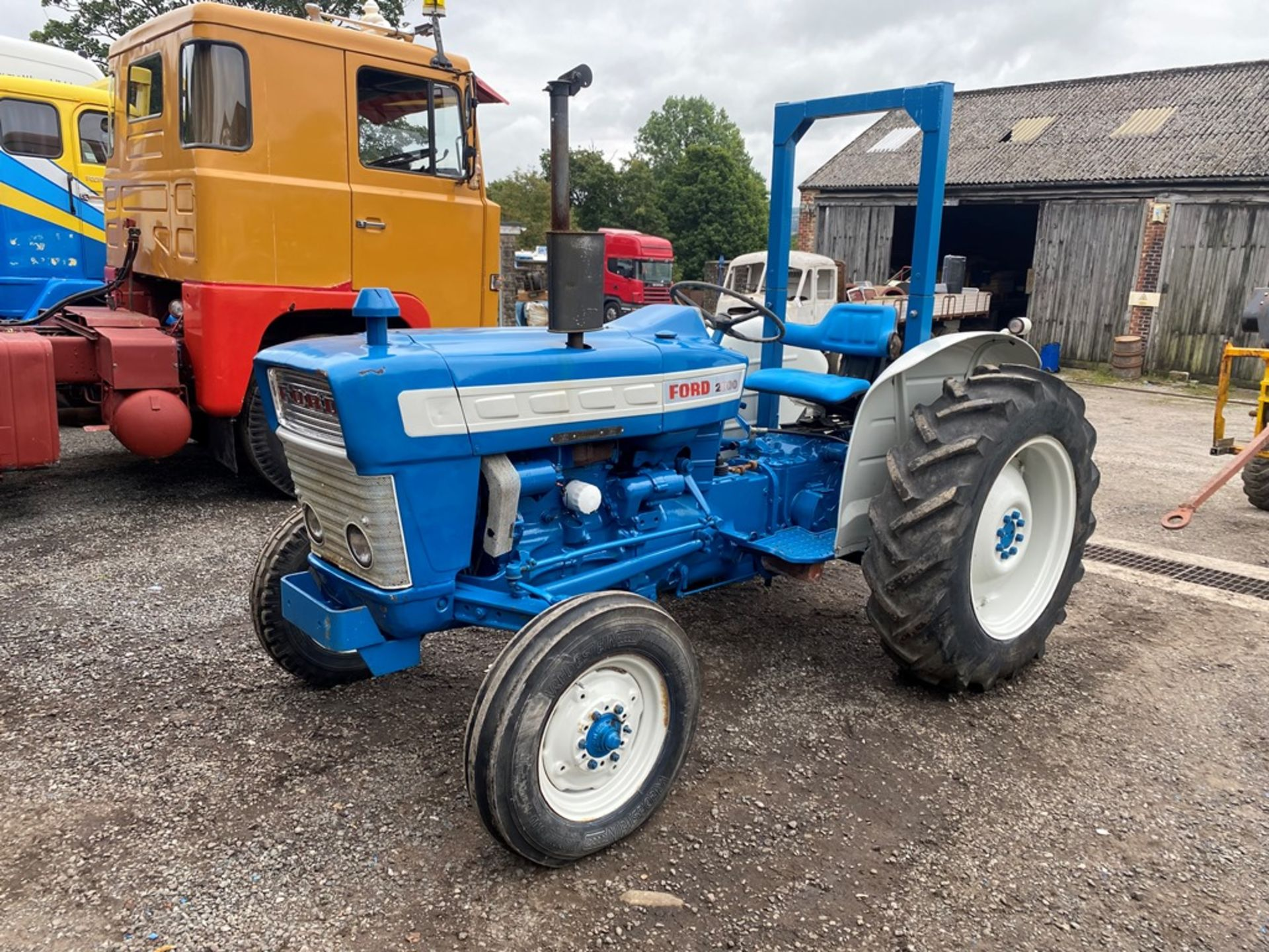 Ford 2000 Agricultural Tractor, vendors comments – nice original condition, clutch is stuck on