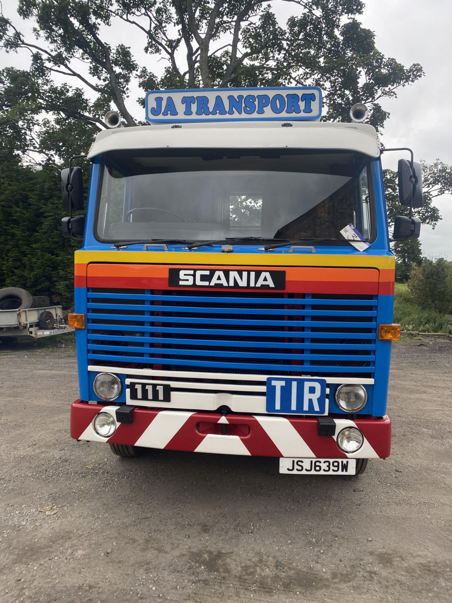 Scania 111 4X2 TRACTOR UNIT, registration no. JSJ 639W, date first registered 01/09/1980, fully - Image 5 of 29