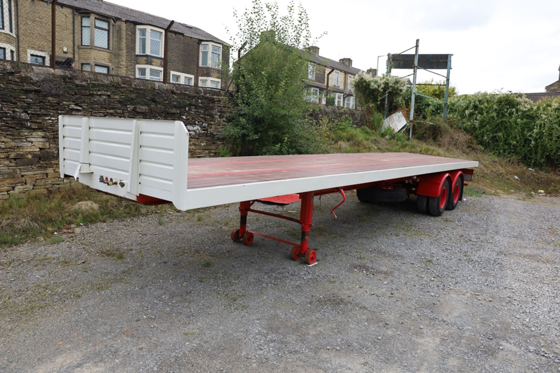 York SL 36 W/S 36ft Tandem Axle Timber Board Flat Semi Trailer, year of manufacture 1971, vendors