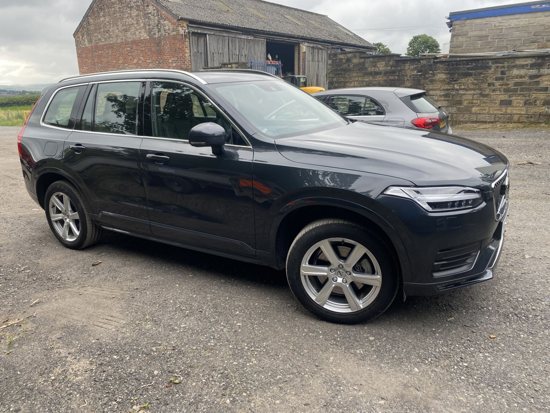 VOLVO XC90 MOMENTUM PRO B5 AWD DIESEL AUTO SUV, registration no. KF69 GWP, date first registered - Image 2 of 12