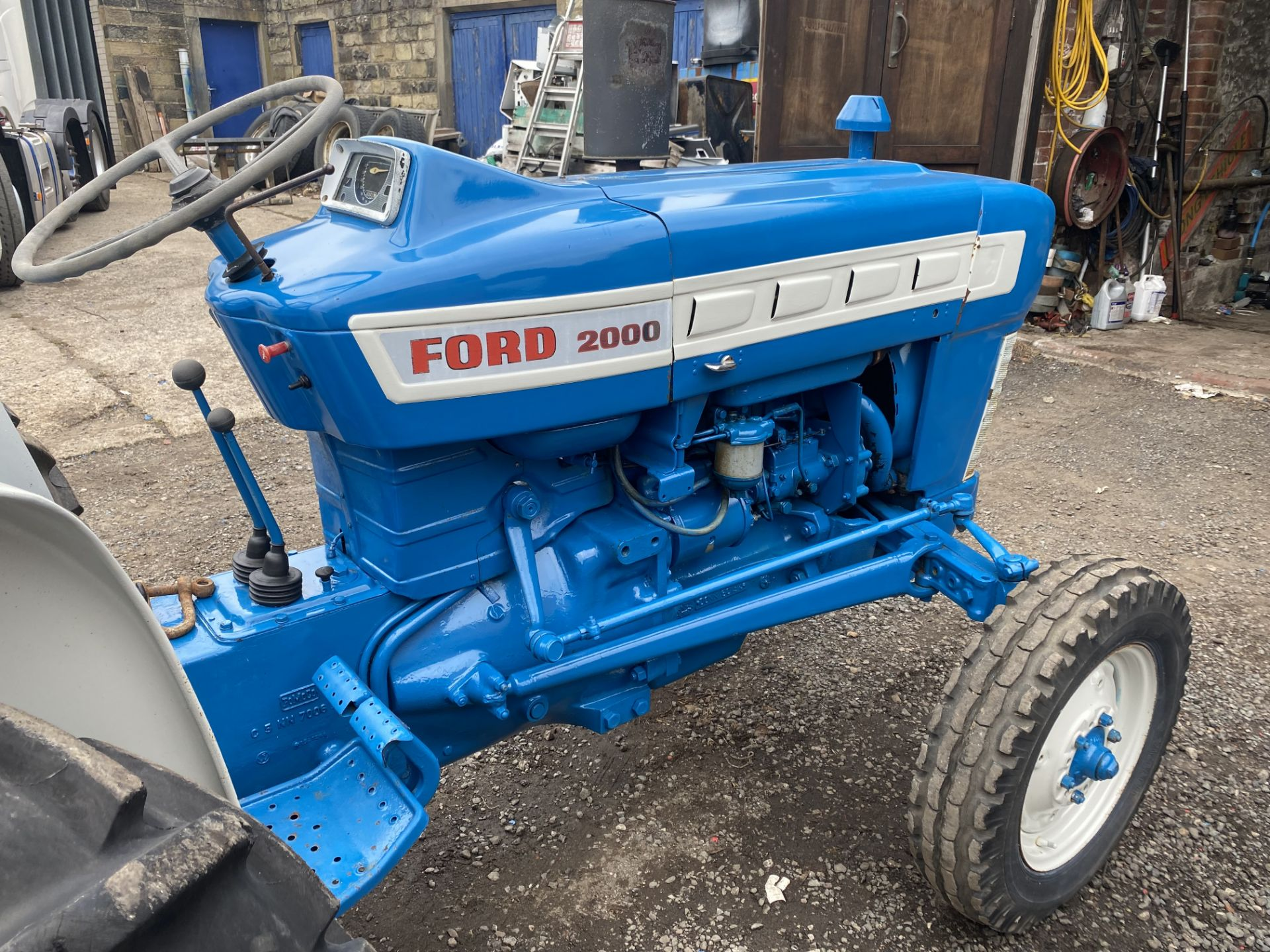Ford 2000 Agricultural Tractor, vendors comments – nice original condition, clutch is stuck on - Image 9 of 9