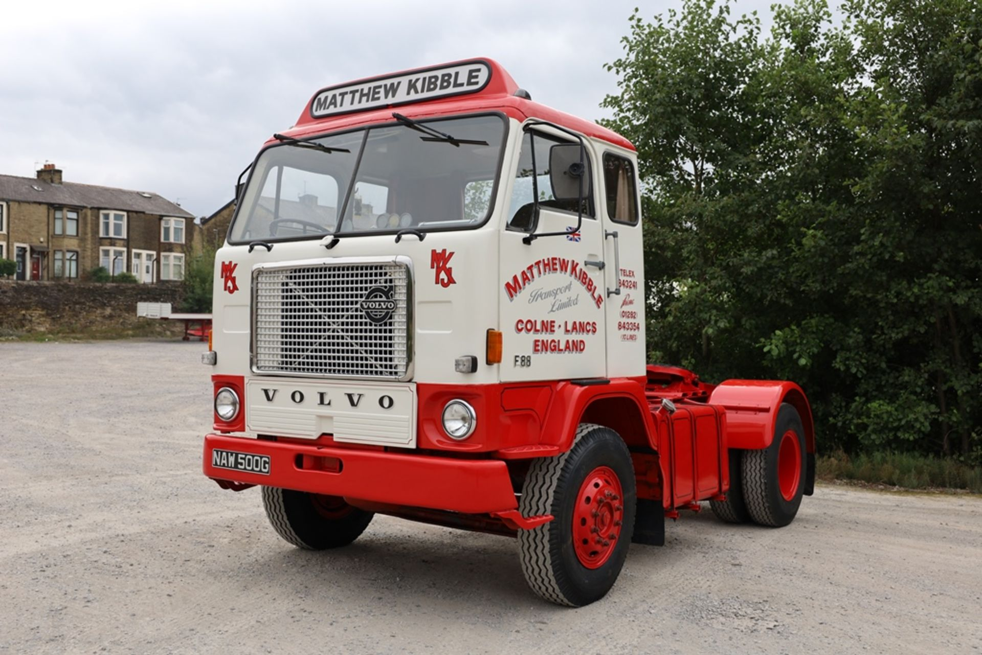 Volvo F88.240 4X2 TRACTOR UNIT, registration no. NAW 500G, date first registered 13/08/1968, fully - Image 2 of 11