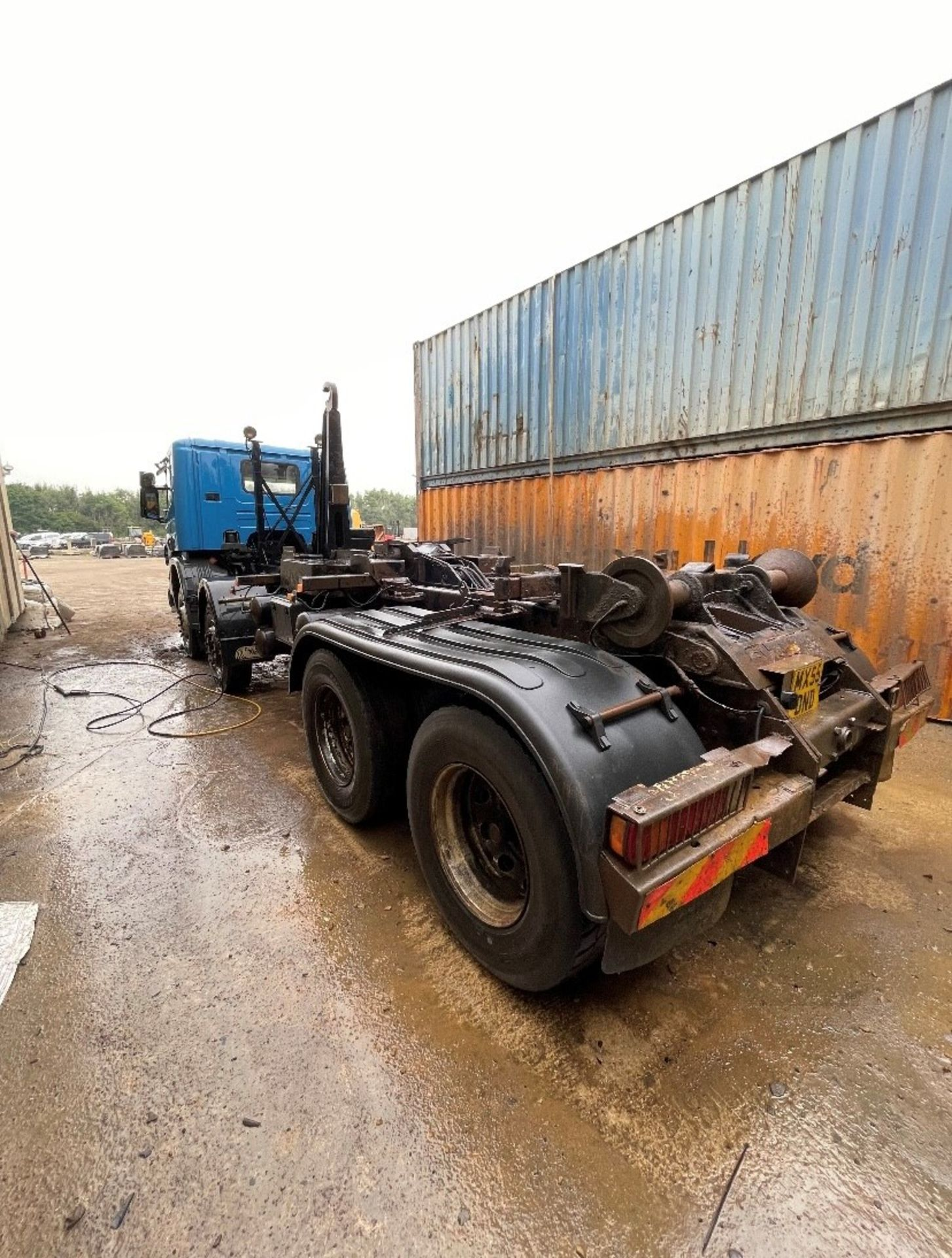 Scania P420 8x4 Hook Lift Truck, registration no. MX55 DND, date first registered 09/2005, indicated - Image 5 of 5