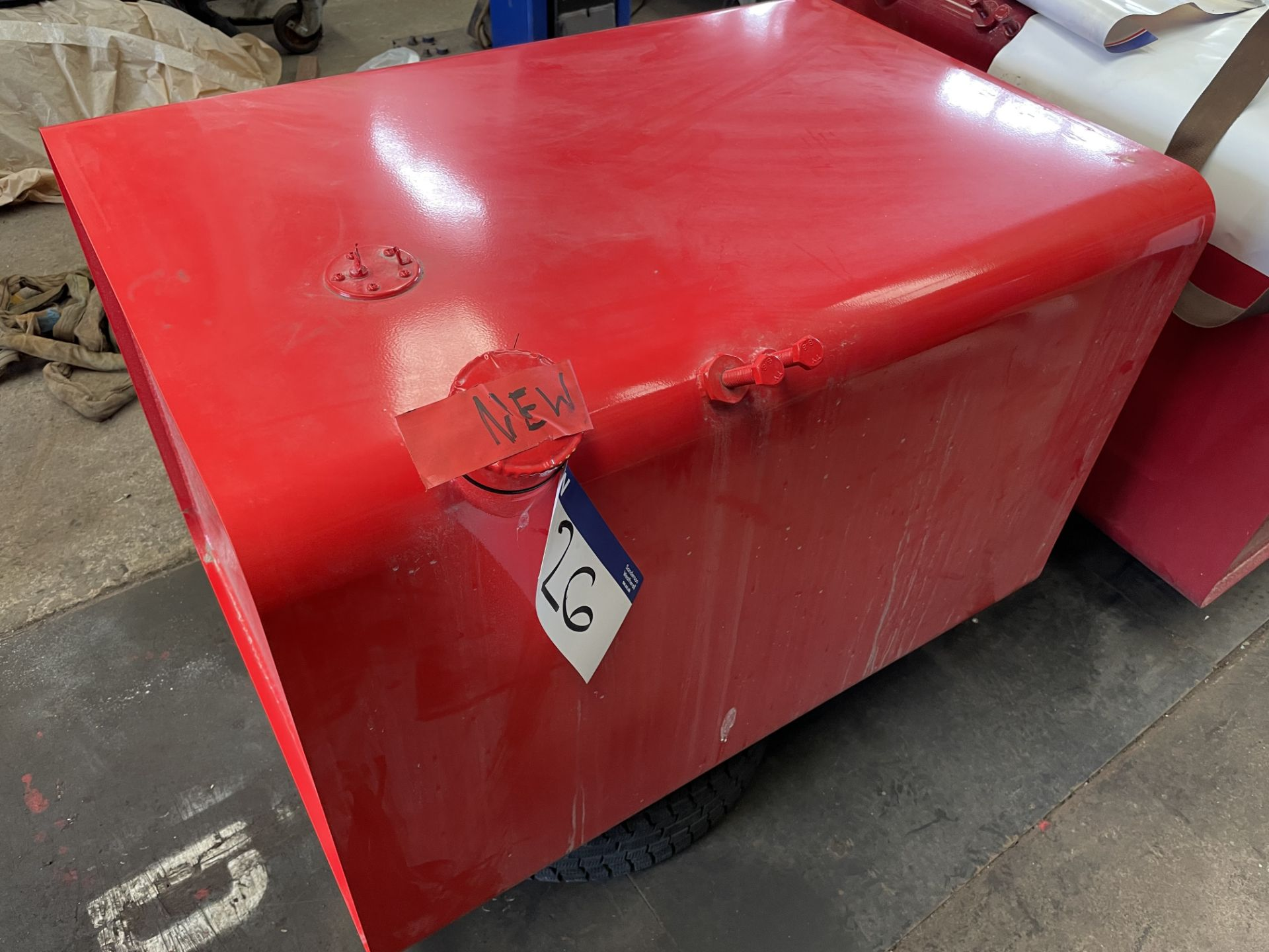 Fuel Tank, unused (for Scania 1 Series) (understood to be 400L)(this lot is subject to 15% buyer'