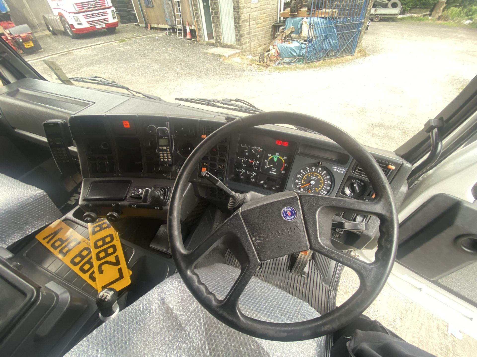 Scania 143M450 V8 4X2 TRACTOR UNIT, registration no. L288 BPV, date first registered 01/08/1993, - Image 17 of 20