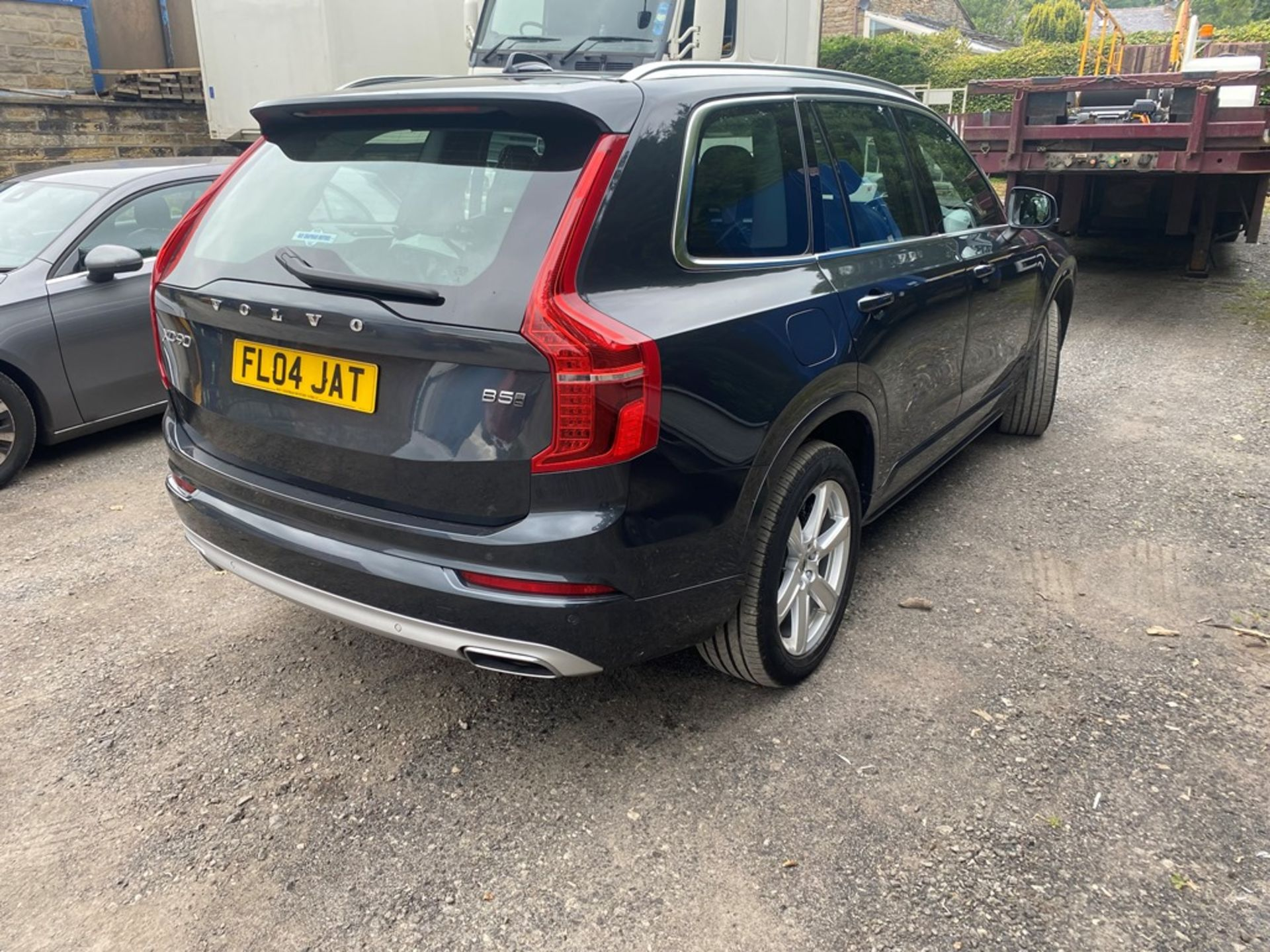 VOLVO XC90 MOMENTUM PRO B5 AWD DIESEL AUTO SUV, registration no. KF69 GWP, date first registered - Image 3 of 12