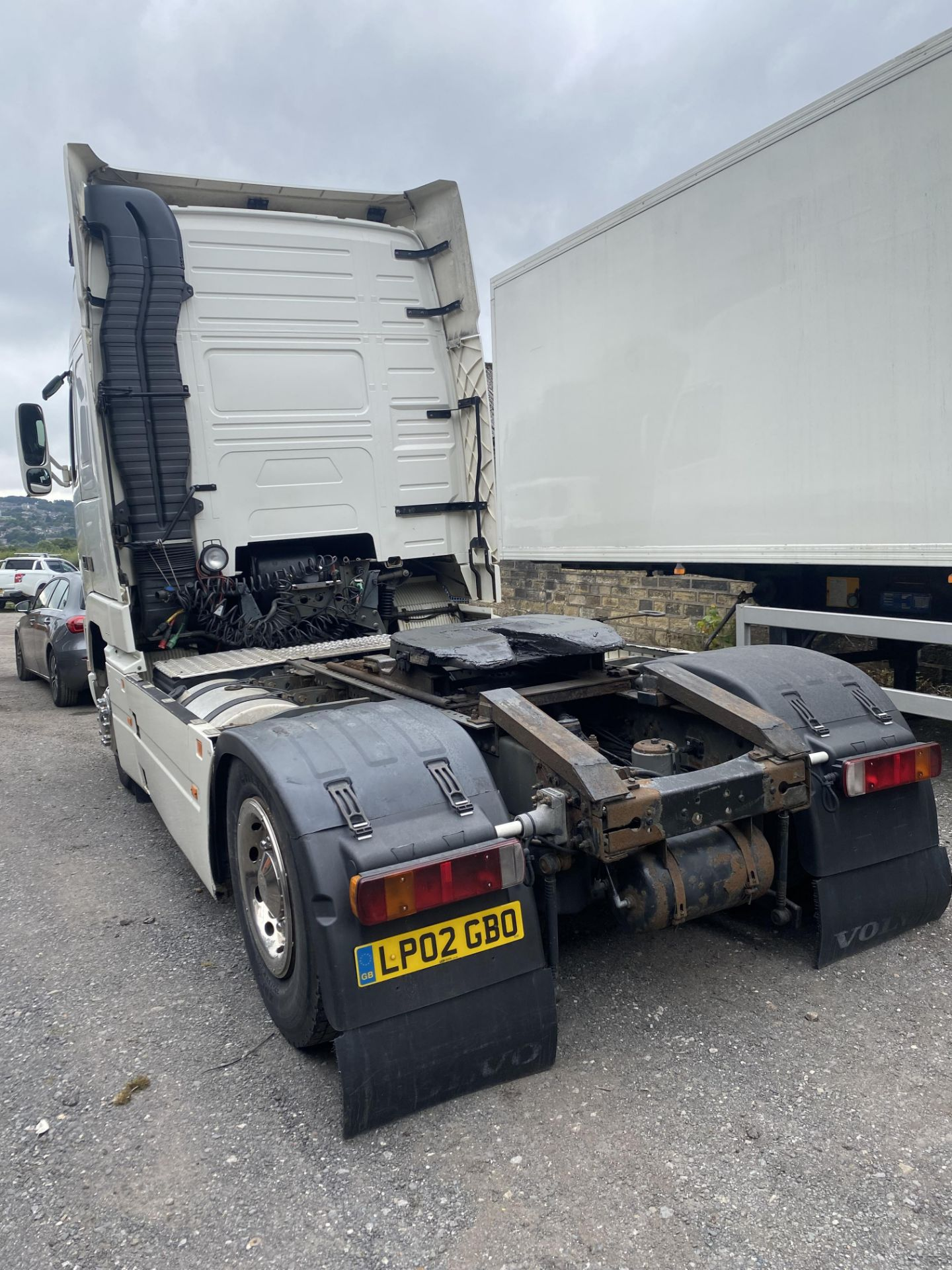 Volvo FH12.420 GTXL V1 4X2 TRACTOR UNIT, registration no. LP02 GBO, date first registered 01/03/ - Image 2 of 17