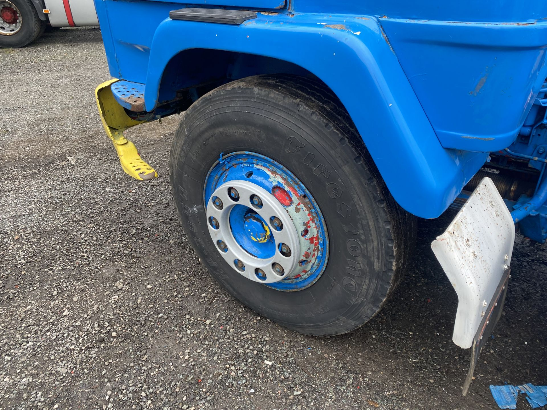 Volvo F89 4x2 Tractor Unit, 1975, left hand drive, (this vehicle does NOT have a V5) vendors - Image 11 of 19