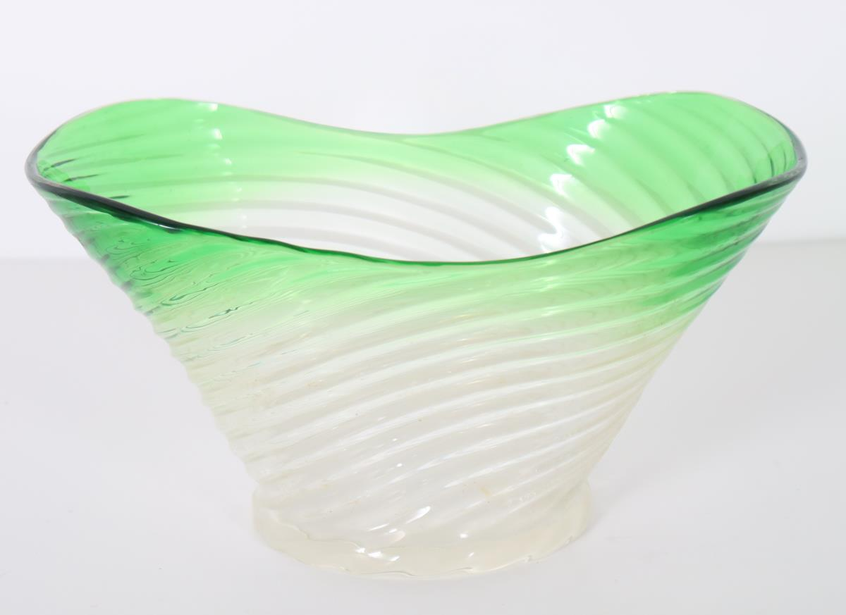 Steuben Shaded Glass Bowl - Image 2 of 3