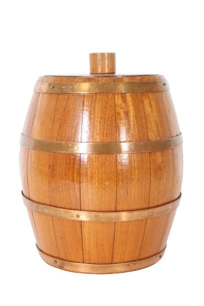 Small Lidded Wooden Barrel w Copper Bands