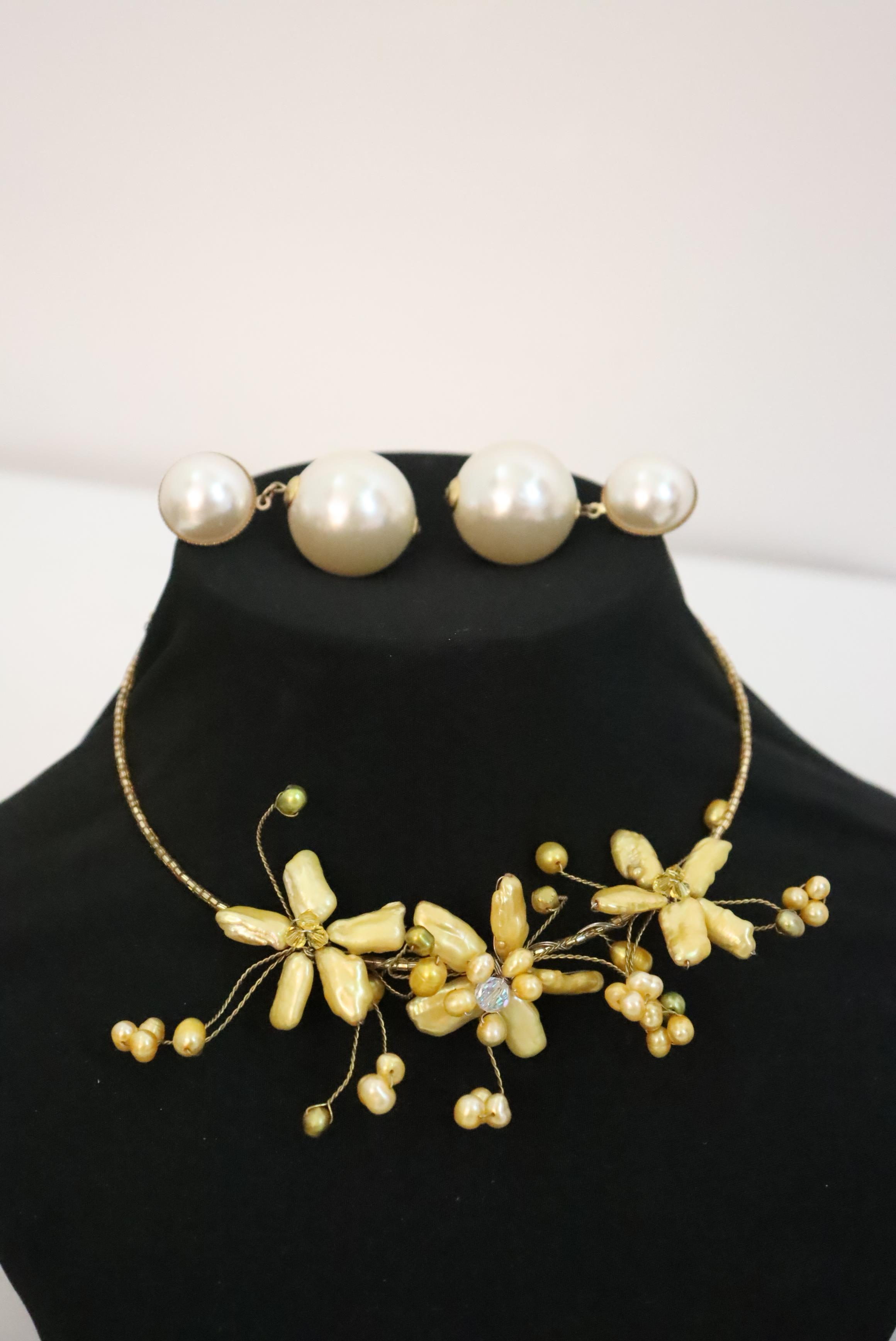 Large Collection of Ladies Jewelry, 34 Pieces - Image 3 of 18
