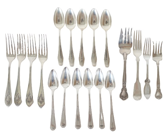 Set of (19) Silver Cutlery Pieces, 11 OZT