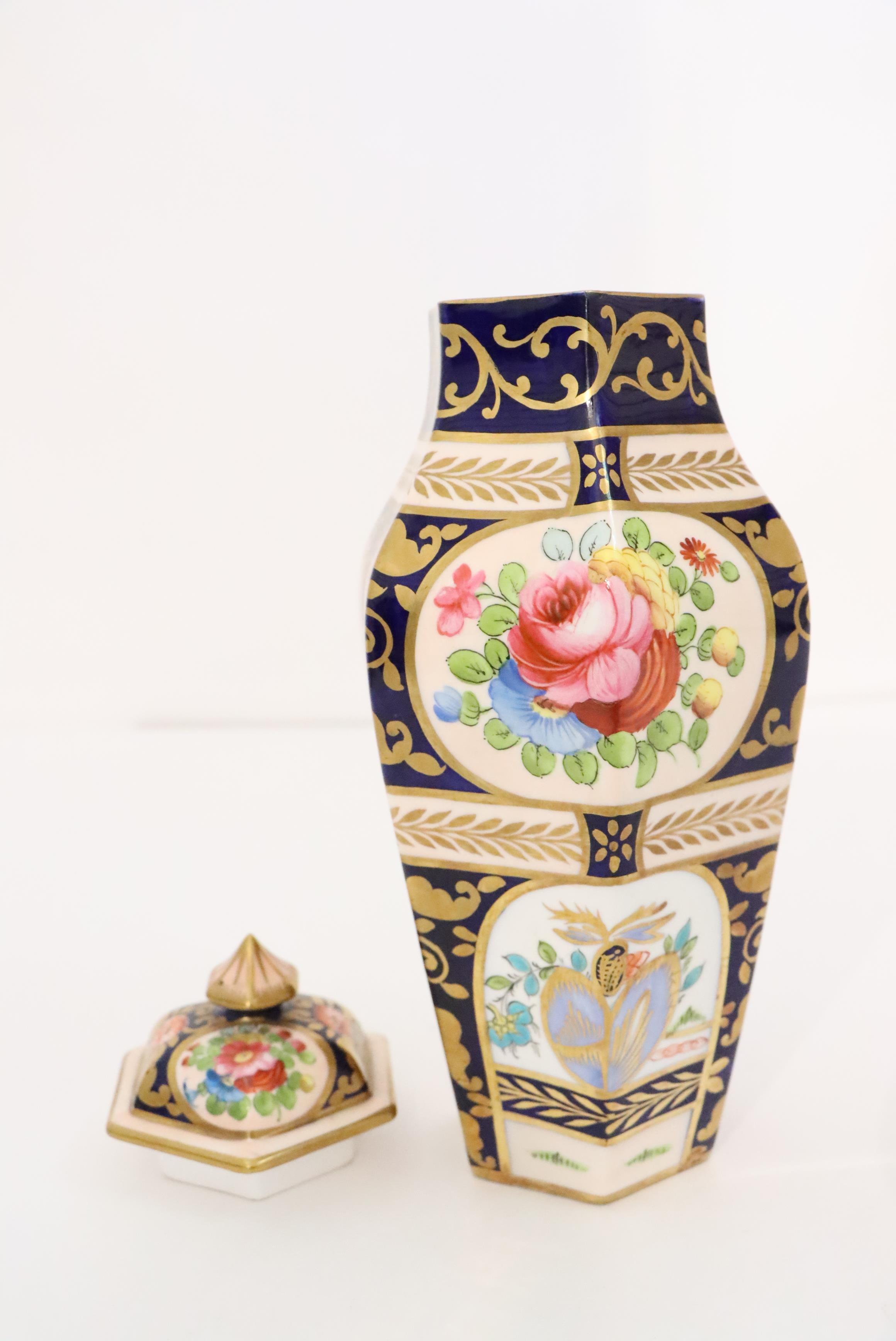 English Crown Staffordshire Covered Vase - Image 2 of 3