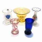 Fünf Teile Glas