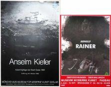 Zwei Plakate