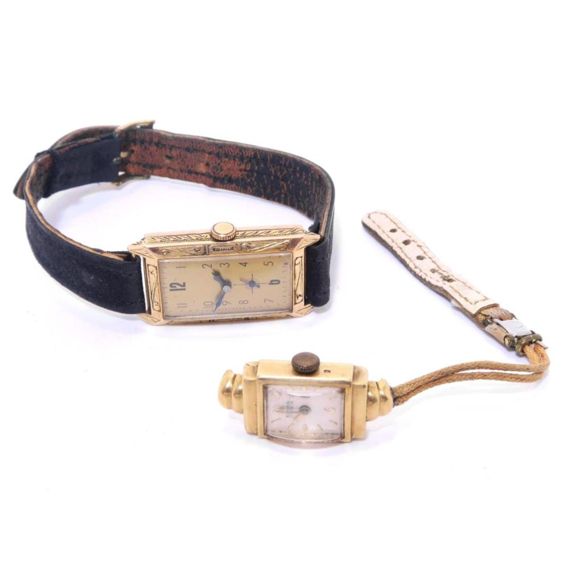 Zwei Armbanduhren