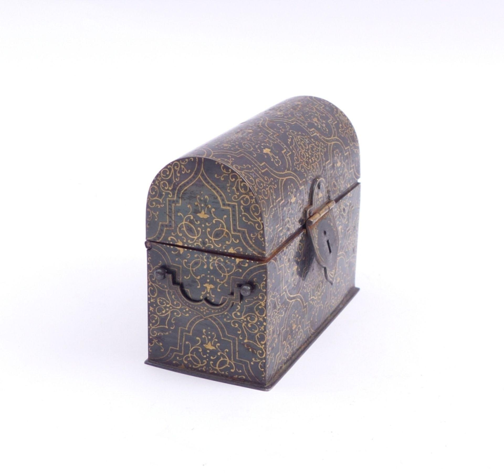 Miniaturkästchen in Truhenform - Bild 2 aus 3